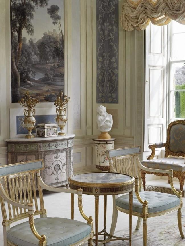 Позолота, используемая в различных элементах декора подчеркивает самодостаточность владельца