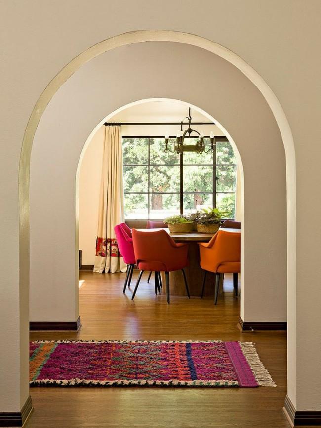 Удобное и простое решение оставить стены и арку в одном цвете