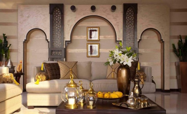 Moroccan style living room decor