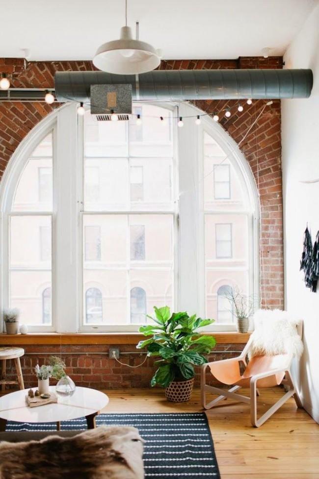 Кирпичная отделка окна в виде арки