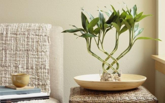 Красивые узоры из плетенных стеблей бамбука
