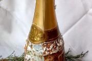 Фото 5 45+ идей декупажа бутылок к Новому году 2021