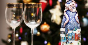 45+ идей декупажа бутылок к Новому году 2021 фото