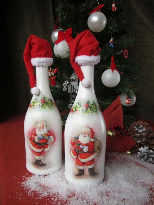 Декупаж шампанского с рисунками Деда Мороза