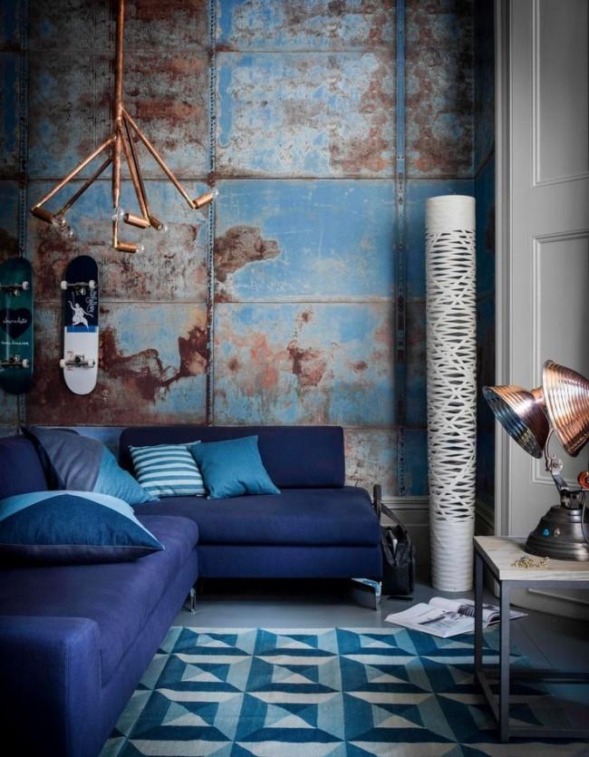 Сине-грязно-ржавая гамма интерьера выглядит очень стильно