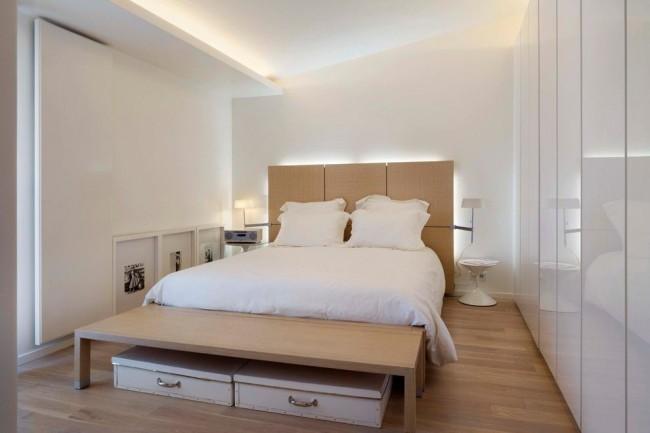 Великолепный интерьер небольшой спальни