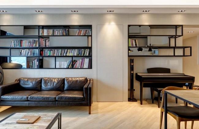 Чтобы гостиная не казалась маленькой, лучше остановить выбор на светлых тонах оформления стен