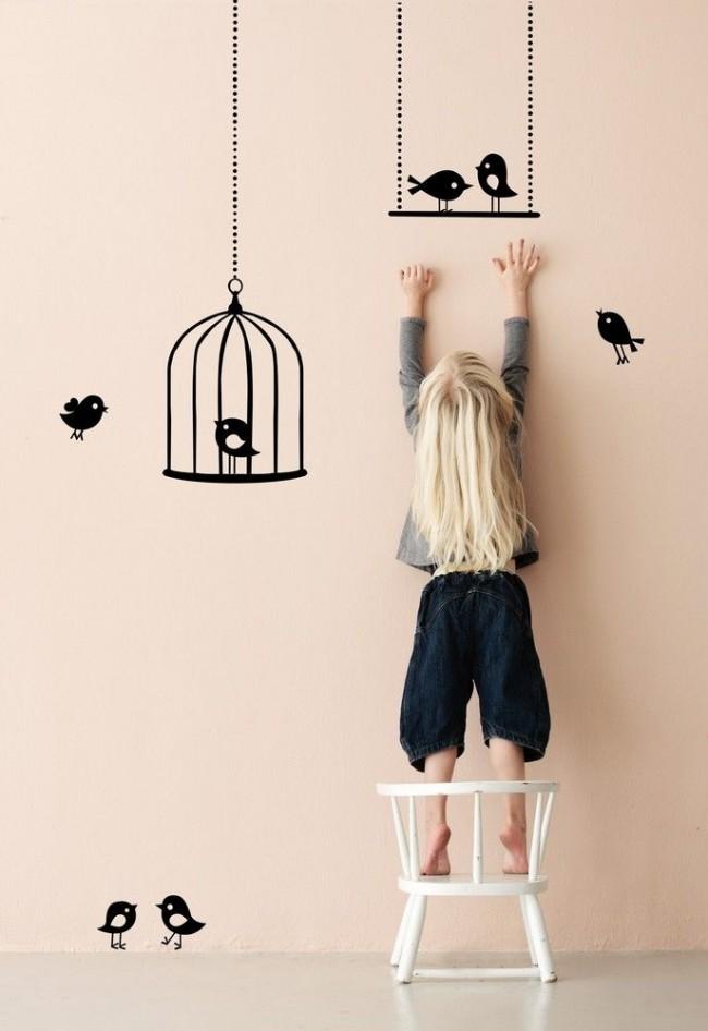 Разрешите своему ребенку сделать самостоятельный выбор наклеек на стену