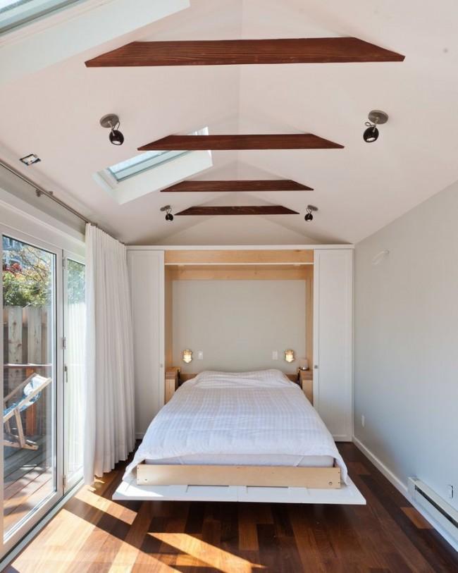 Откидная кровать, которая превращается в шкаф - удобное решение для узких комнат