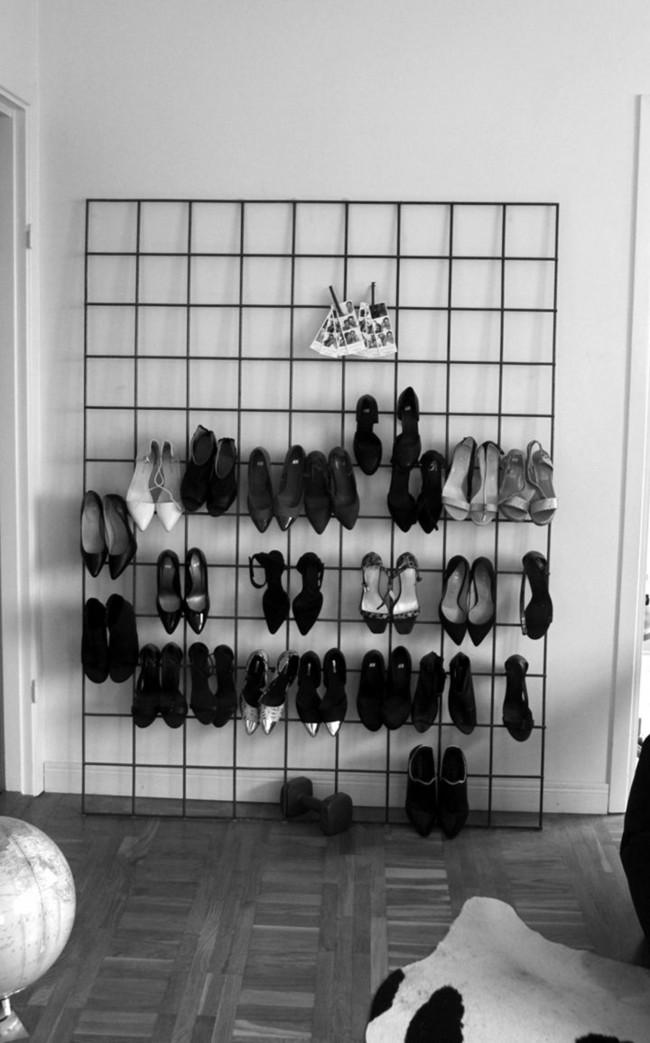 Женские туфли можно хранить, повесив за каблук