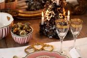 Фото 15 55 идей сервировки новогоднего стола 2019