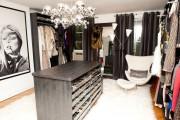 Фото 20 Шкаф для украшений (65+ идей): функционально и красиво