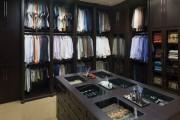 Фото 22 Шкаф для украшений (65+ идей): функционально и красиво