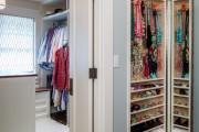 Фото 6 Шкаф для украшений (65+ идей): функционально и красиво
