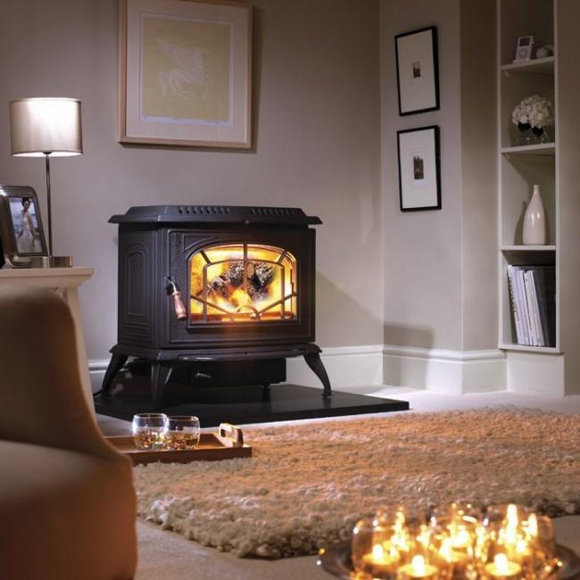 Небольшой котел на дровах может послужить элементом декора для вашего интерьера
