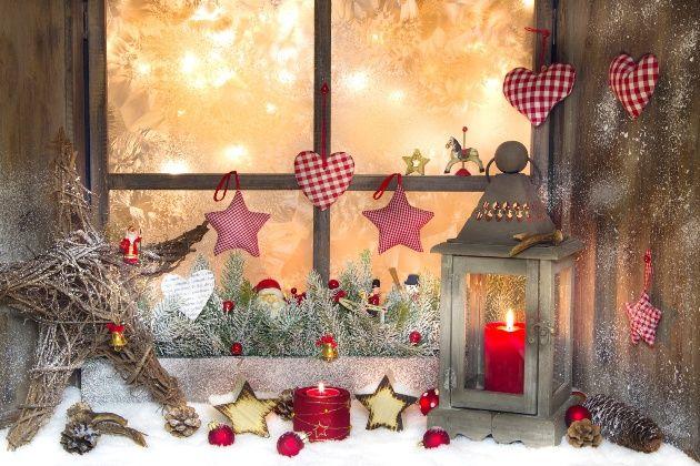 Теплое, уютное новогоднее оформление подоконника