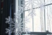 Фото 12 Лучшие варианты украшений на окна к Новому 2019 году