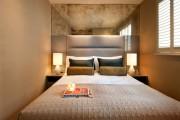 Фото 1 55+ идей узкой спальни: как сделать ремонт правильно