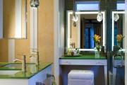 Фото 11 Роскошные зеркальные потолки в интерьере (90+ фото): лучшие идеи и советы дизайнеров