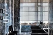 Фото 22 Роскошные зеркальные потолки в интерьере (90+ фото): лучшие идеи и советы дизайнеров