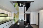 Фото 31 Роскошные зеркальные потолки в интерьере (90+ фото): лучшие идеи и советы дизайнеров