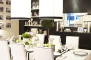Фото 33 Роскошные зеркальные потолки в интерьере (90+ фото): лучшие идеи и советы дизайнеров
