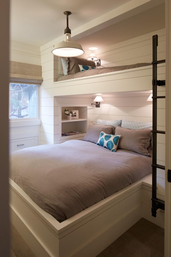 Вариант совмещенной кровати со спальным местом для родителей и ребенка