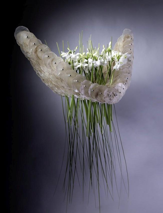 """Одна из композиций их эухарисов, вошедшая в юбилейный альбом """"International Floral Art 2014/15"""" посвященный искусству флористики"""