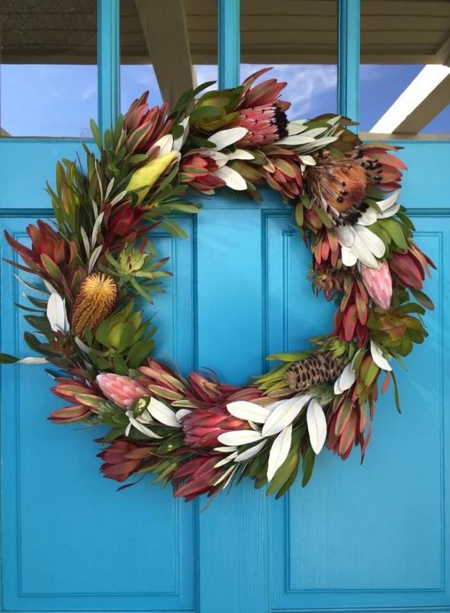 Сезонный осенний цветочный венок - хорош для двери частного дома