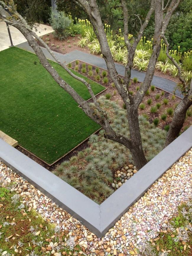 Геотекстиль радикально защитит от сорняков и сделает подготовленную поверхность безупречно ровной