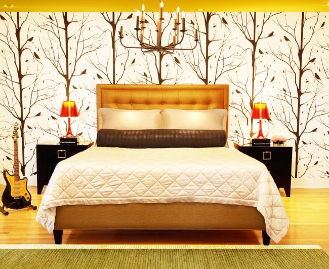 Как для одиноких людей, так и для сложившихся пар учение фен-шуй предполагает парность всех предметов в спальне. Идеально, если она расположена на юго-западе. Цвета можно подбирать в соответствии с желаемым настроем в семье. Например ярко-желтый цвет добавит больше энергии Янь