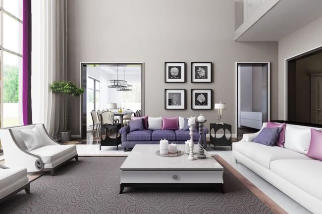 Сочетание белых и сиреневых тонов в текстильном оформлении двусветной гостиной, проект дома пос. «Мэдисон Парк»