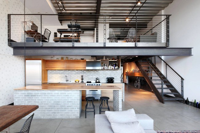 Устройство жилой антресоли в современной квартире