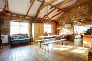 Фото 9 60 идей балок на потолке: современное решение для интерьера
