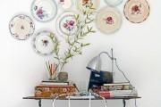 Фото 13 Декоративные тарелки на стену: 120+ ярких и запоминающихся фотоидей для уютного интерьера