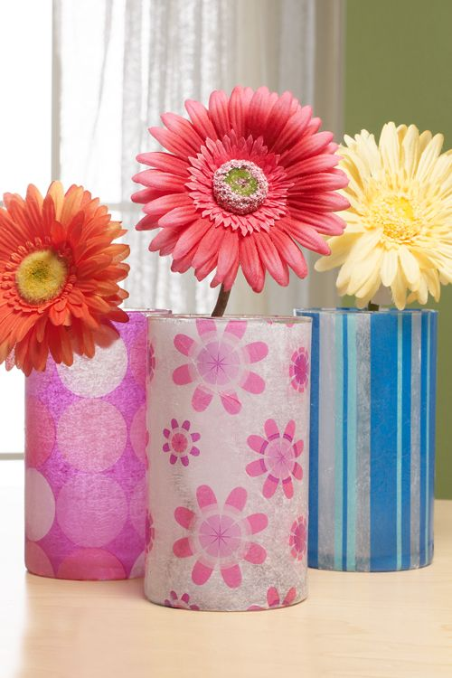 Современные декоративные вазочки, созданные с помощью техники декупаж