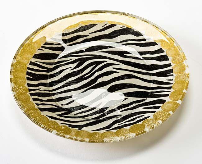 Стильная тарелка добавит изюминку в современном интерьере