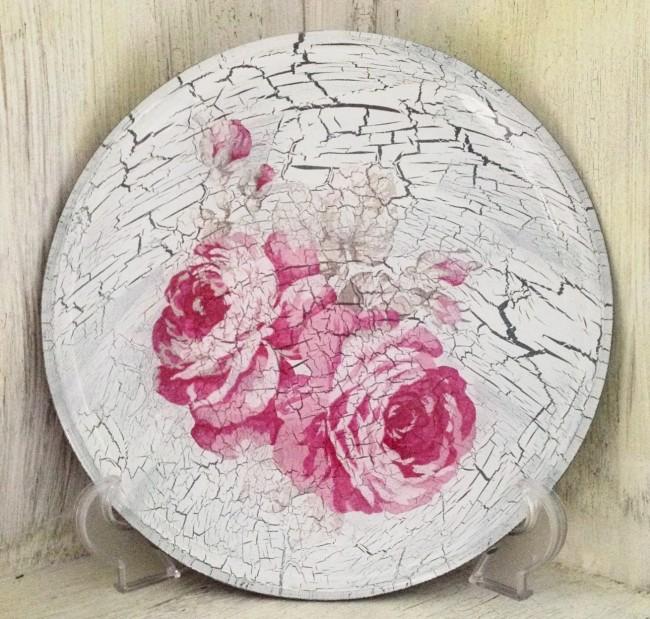 Изысканная декоративная тарелка в стиле шебби-шик