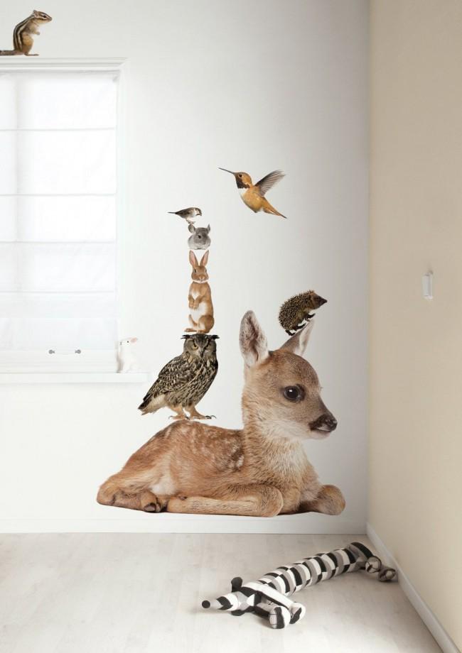 Милые животные на стене украсят спальню малыша