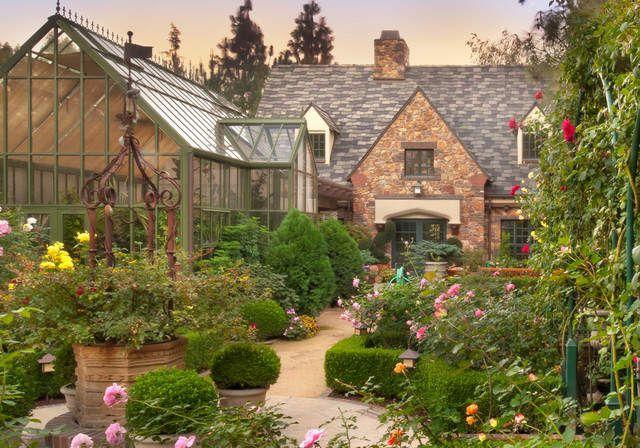 Классический дизайн сада в английском стиле