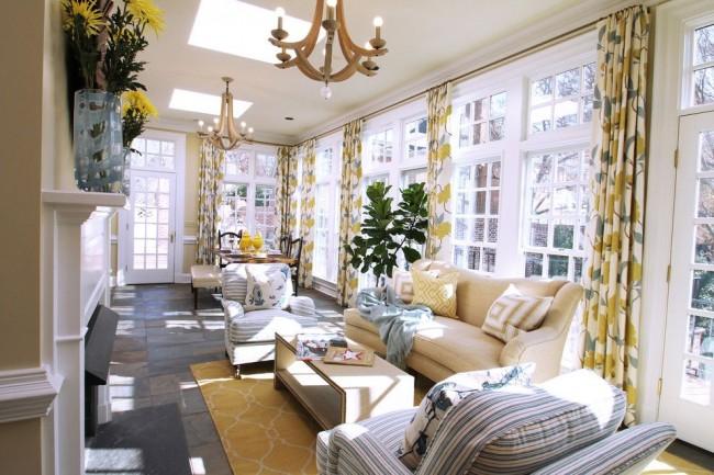 Красивый интерьер уютной гостиной