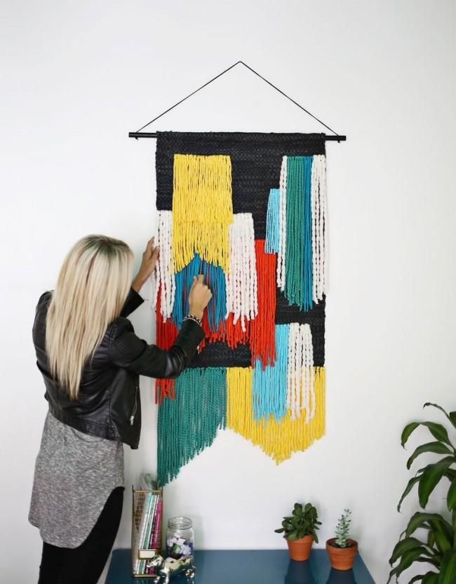 Гобелены изготавливались из шерстяных и шёлковых волокон, посредствам перекрёстного переплетения цветных нитей