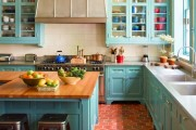 Фото 30 Голубая кухня (115+ фото небесных интерьеров): стильный дизайн для бело-голубых и серо-голубых кухонь