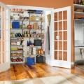 55+ идей кладовки в доме: как организовать незаменимое помещение фото