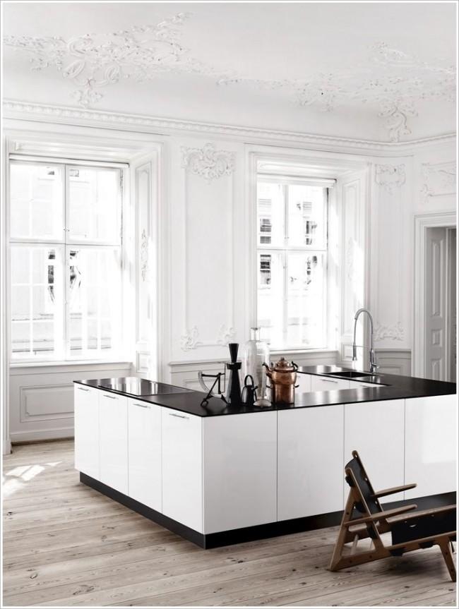 Кухня в виде небольшого островка, выглядит очень стильно и необычно