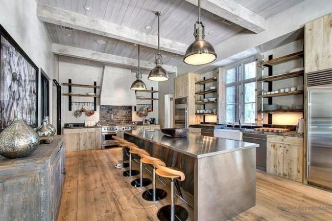 Просторное помещение в кухне можно обустроить мебелью в Г - образной форме, используя вместо навесных шкафчиков нишу с полочками