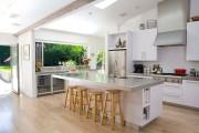 Фото 13 Современные кухни с островом: 100+ функциональных и стильных вариантов дизайна на любой бюджет
