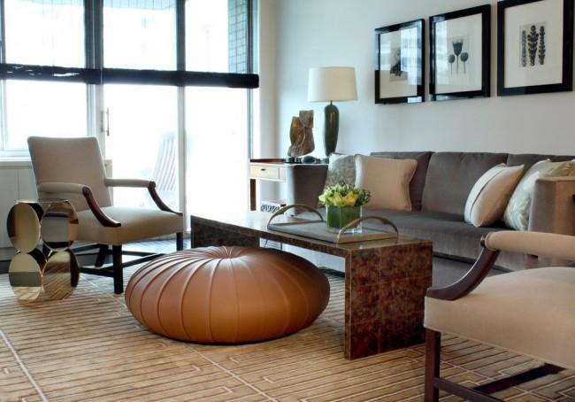 Оттоманка станет украшением любой гостиной, создав «точку фокуса», от которой будет строится весь интерьер