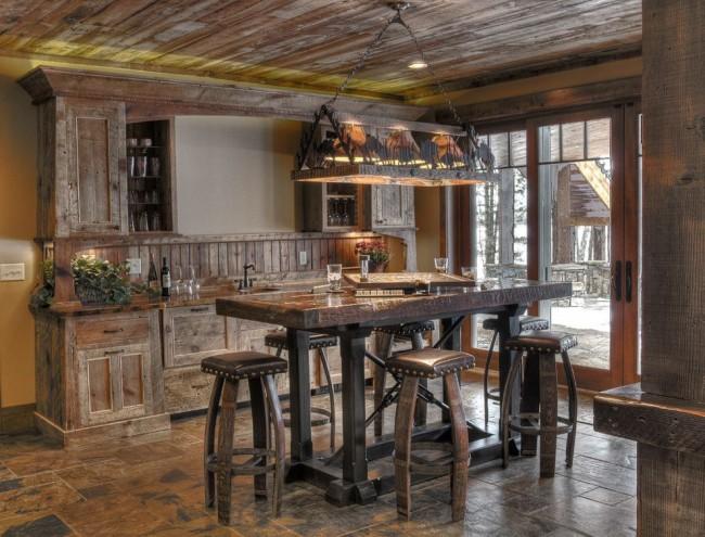 Деревенская кухня с патиной