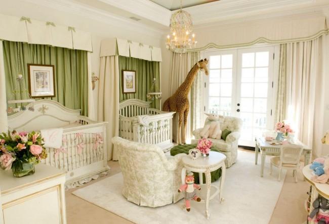 Мебель с патиной подходит и для детской комнаты